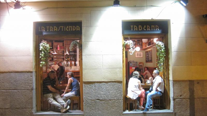 The full length windows at La Trastienda Taberna, Travesia De Las Vistillas, 13, Madrid