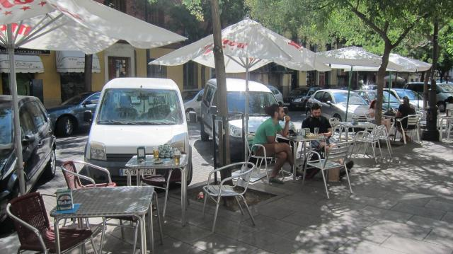 The terrace at Bar Automático, Calle de Argumosa, 17, Madird