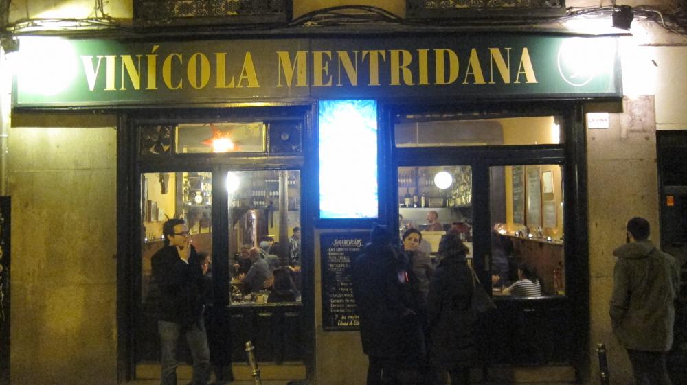 Outside of bar Vinícola Mentridana in Calle San Eugenio, 9, Madrid