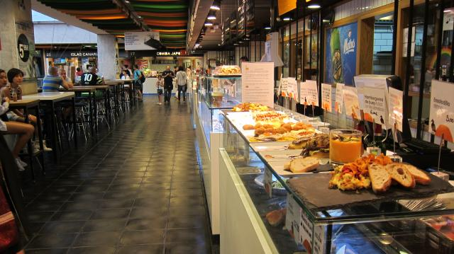 Tapas at Mercado San Antón Calle de Augusto Figueroa, 24, Madrid, Spain