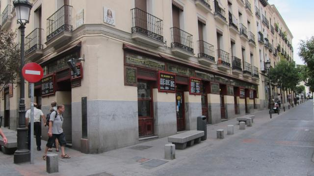 Outside El Diario de Huertas, Calle de Las Huertas, 69, Madrid, Spain