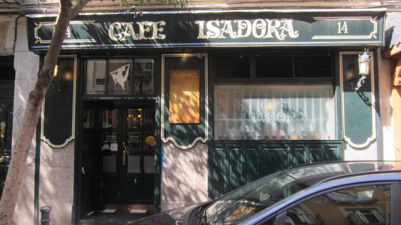 Outside Café Isadora, Malasaña, Calle del Divino Pastor, 14, Madrid