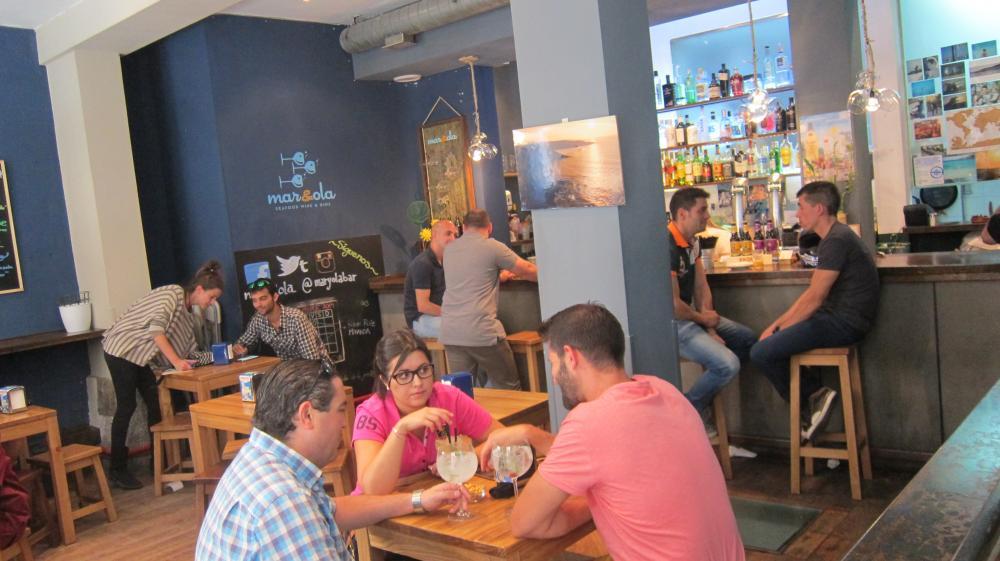 Bar Mar y Ola Calle del Almendro, 25, Madrid